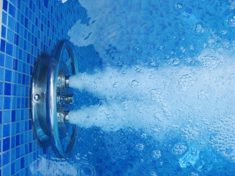оозирование воды в бассейне